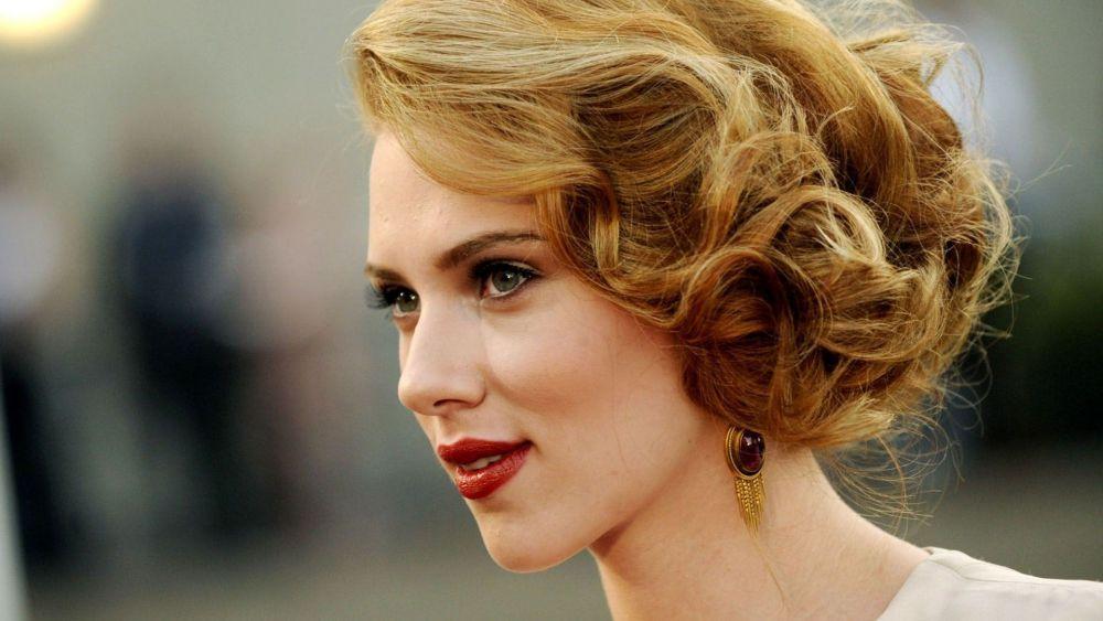 Scarlett Johansson Keluar Dari Peran Transgender di Rub & Tug